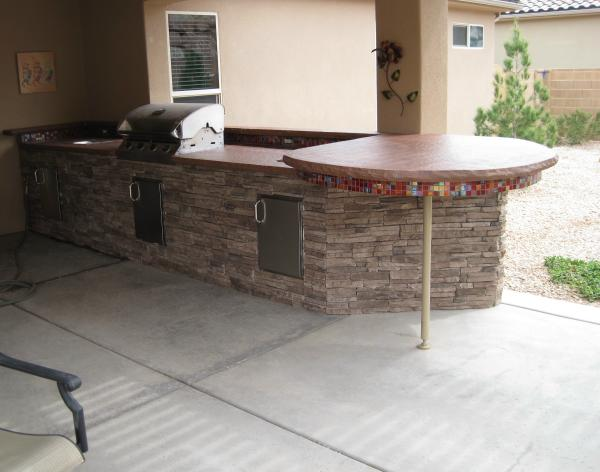 outdoor kitchen tiles