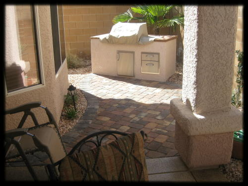 small space outdoor kitchen & patio