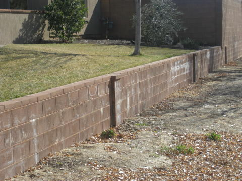 retaining wall that doubles as a landscape border